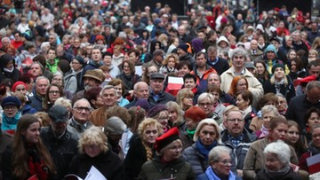 """Moniuszkowski rekord świata w Krakowie. Tysiące ludzi zaśpiewało """"Prząśniczkę"""""""