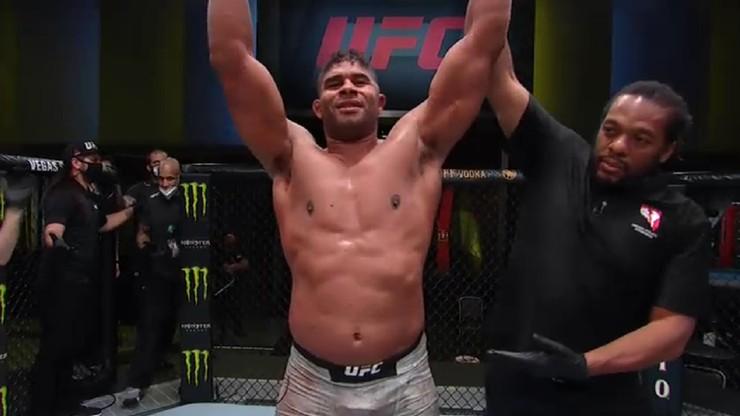 UFC Vegas 9: Efektowny nokaut Alistaira Overeema, porażka Bartosza Fabińskiego w pierwszej rundzie