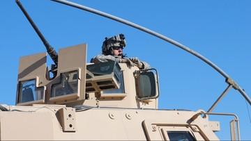 Jim Mattis wysyła żołnierzy na granicę z Meksykiem. Mają zatrzymać karawanę migrantów