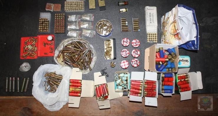 Znaleziono m.in. amunicję, granaty i materiały wybuchowe
