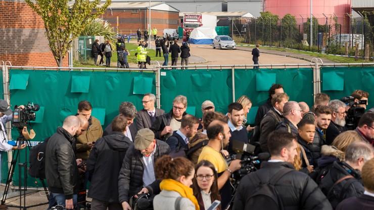 W. Brytania: aresztowano czwartą osobę w związku z ciałami w ciężarówce
