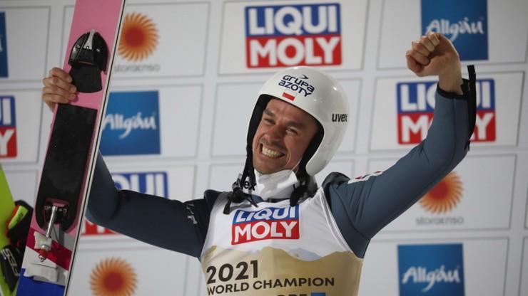 MŚ Oberstdorf 2021: Piotr Żyła piątym polskim złotym medalistą w skokach narciarskich