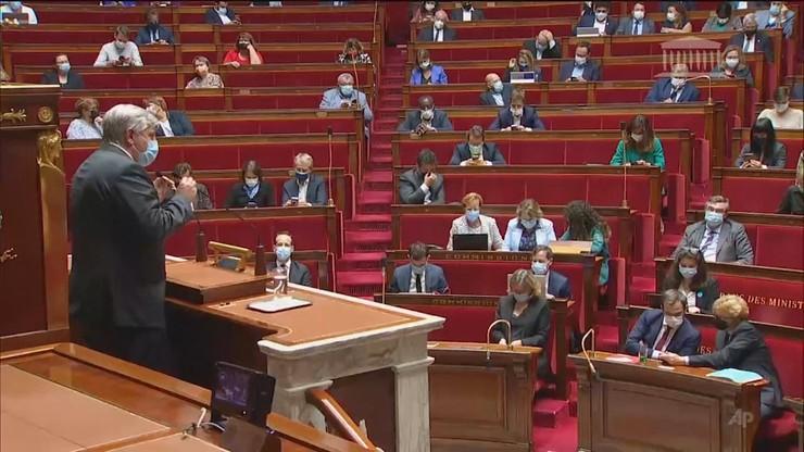 Francja. Parlament za obowiązkowymi szczepieniami medyków
