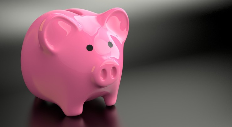 CBOS: po raz pierwszy w ponad połowie gospodarstw domowych są odłożone oszczędności