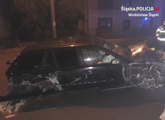 33-latkowi, który siedział za kierownica auta nic poważnego się nie stało