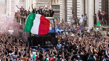 Euro 2020: Powitanie mistrzów Europy na ulicach Rzymu