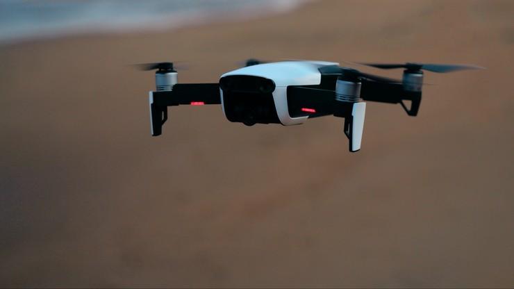 Dubaj walczy z upałem za pomocą dronów. Wywołują deszcz