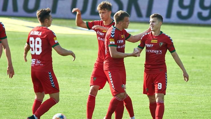 Fortuna 1 Liga: Zagłębie wygrało w Jastrzębiu. Festiwal żółtych kartek