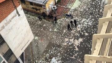 Pieniądze leżały na ulicy po napadzie na bank w Wenezueli. Złodziei nie zainteresowały
