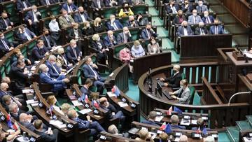 """Sejm odrzucił sprzeciw wobec zmian w programie """"500 plus"""""""