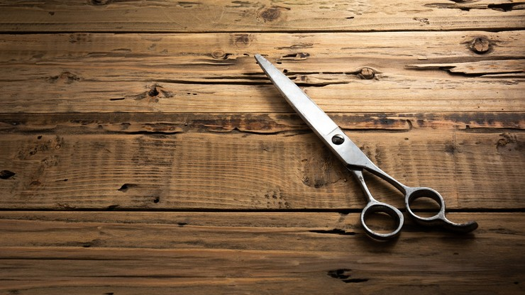 Matka miała zranić 3-latkę nożyczkami w szyję. Została aresztowana