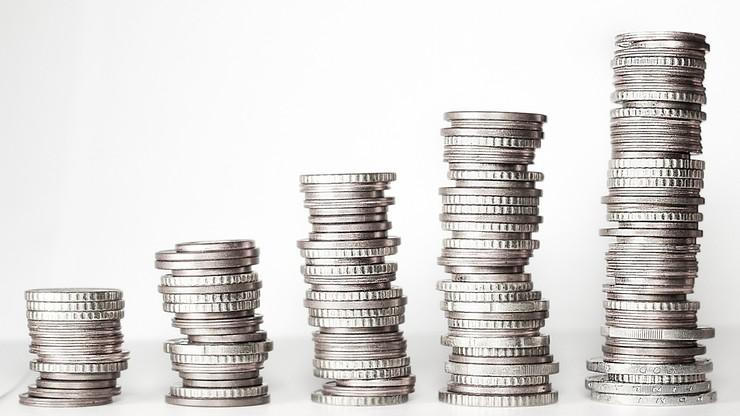 Krajowy Rejestr Długów: zadłużenie Polaków wciąż rośnie