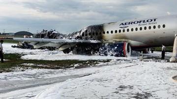 Media: w rosyjski samolot, który rozbił się w Moskwie, uderzył piorun. Awaria większości systemów