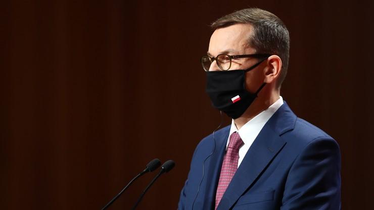 CBOS: 32 proc. Polaków popiera rząd; 43 proc. jest mu przeciwna