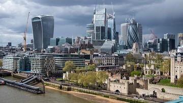 Brytyjska gospodarka nad przepaścią. Tak źle nie było od dekady