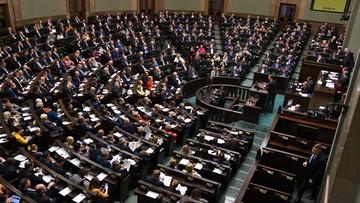 Głosowanie ponad podziałami ws. Funduszu Odbudowy? Tego chcą wyborcy