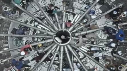 Elon Musk pokazał fotkę systemu aż 29 silników napędzających SuperHeavy