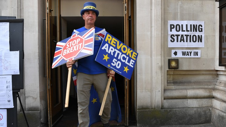 """Problemy z głosowaniem w eurowyborach w Wielkiej Brytanii. """"Jeden wielki bałagan"""""""