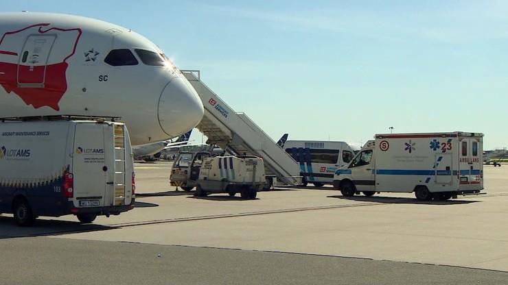 Ewakuacja z Indii. W Warszawie wylądował samolot z trzema chorymi osobami