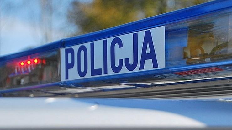 Dwa ciała znaleziono w mieszkaniu na gdańskiej Zaspie. Ofiary to babcia i wnuczek