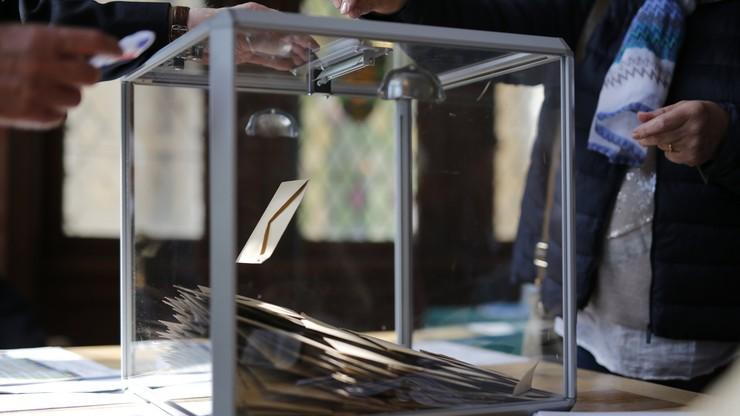 Wybory we Francji: według sondaży Prowadzi Macron, druga jest Le Pen, a trzeci - Fillon