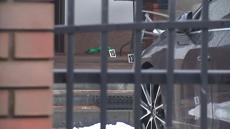 31 kul z dwóch magazynków. Areszt dla policjanta, który pod wpływem alkoholu postrzelił mężczyznę