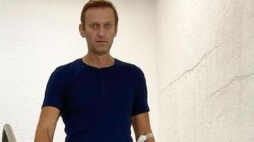 """Stan Nawalnego """"bardzo niekorzystny"""". Ma problemu z chodzeniem, strażnicy budzą go co godzinę"""