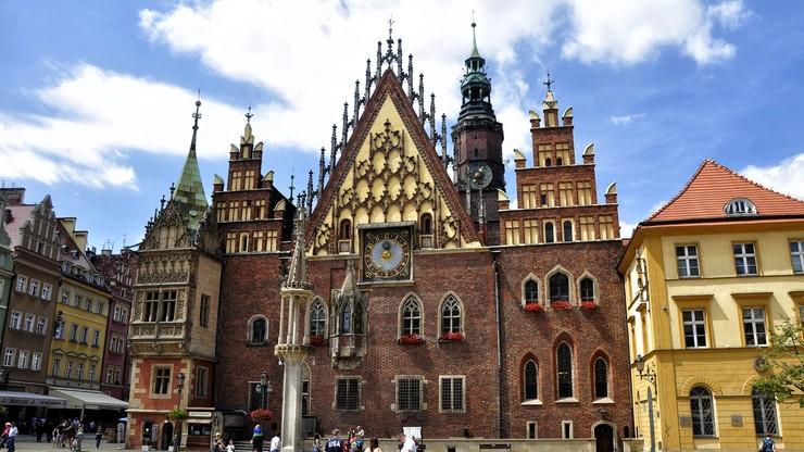 Wniosek o odebranie kard. Gulbinowiczowi tytułu honorowego obywatela Wrocławia