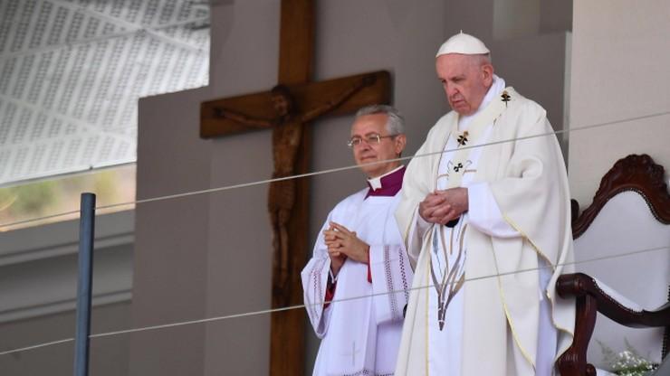100 tysięcy osób na mszy papieża Franciszka na Mauritiusie