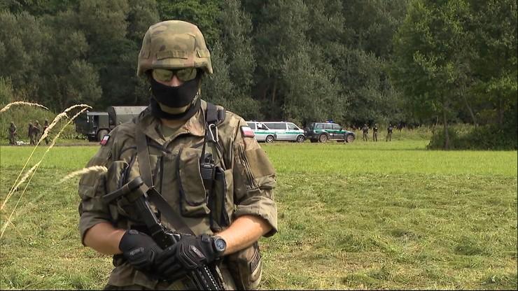 Szef MON: na granicy z Białorusią powstanie płot