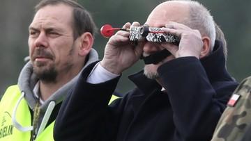 """Bojowe """"Łosie"""". Macierewicz chce kupić tysiące dronów"""