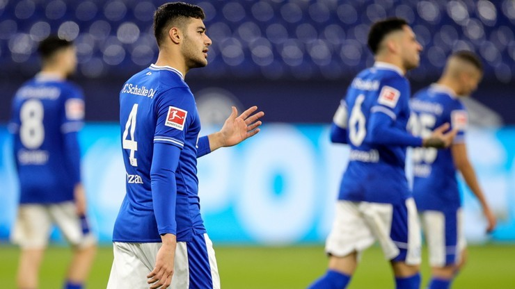 "Bundesliga: Kibice Tasmanii Berlin wspierają Schalke 04 Gelsenkirchen. ""Zostawcie nam rekord"""