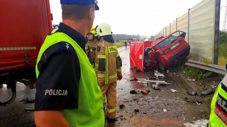 Opole: śmiertelny wypadek na obwodnicy. Policjanci szukają świadków zdarzenia