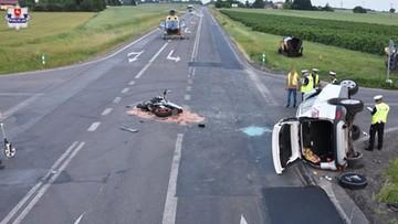 Krasnystaw. Motocykl przewrócił auto. Dwie ofiary wypadku