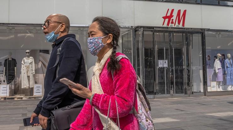 Kłopoty odzieżowego giganta H&M. Chińczycy bojkotują sieć po oświadczeniu ws. praw człowieka