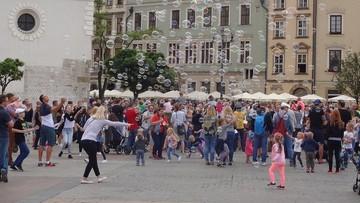 Polepszyła się sytuacja dzieci w Polsce. Raport GUS