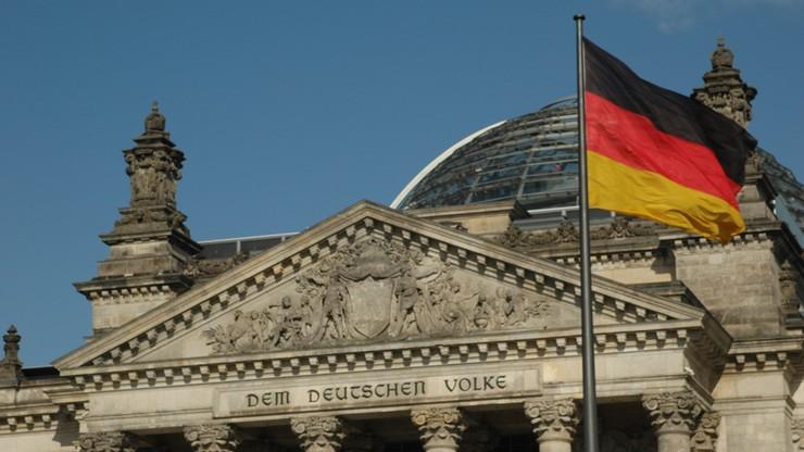 Niemcy. Rząd federalny powinien zamknąć swoje strony na Facebooku