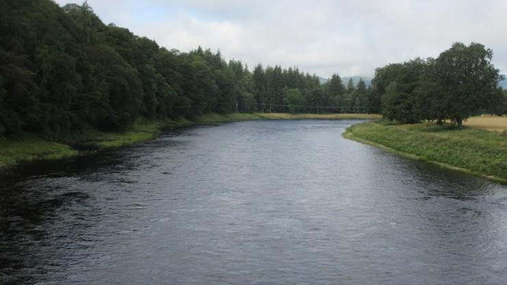 Szkocja. 8-latka uratowała topiącego się kolegę. Sama nie potrafi pływać