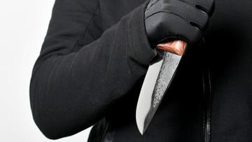 Awantura w bloku. 15-latek dźgnął nożem 41-latka