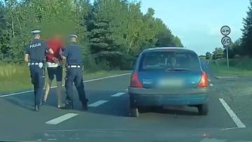 Jechał drogą ekspresową z 3 promilami. Wyciągnięty z auta słaniał się na nogach