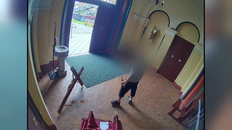 Szczecin. Zdemolował kościół, złamał księdzu szczękę. 33-latka nagrały parafialne kamery
