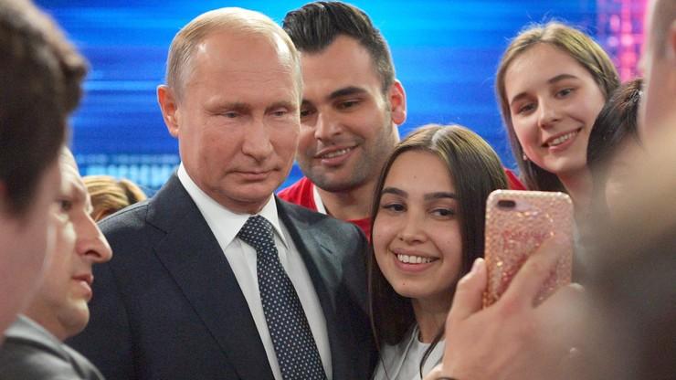 Putin odpowiadał na pytania Rosjan. Mówił o uzbrojeniu, swoim następcy i krytykował Zachód