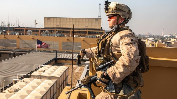 Pociski rakietowe spadły w Bagdadzie i obok bazy USA. Nikt nie przyznał się do tych ataków