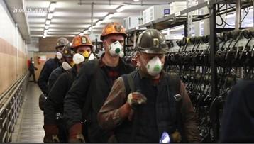 """Górnicy spryskiwani roztworem nanosrebra. """"To są twardzi ludzie"""""""