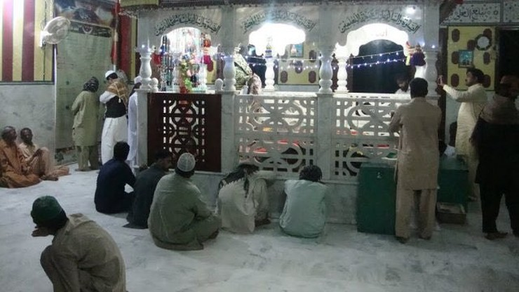 Pakistan: atak na sanktuarium. 52 ofiary