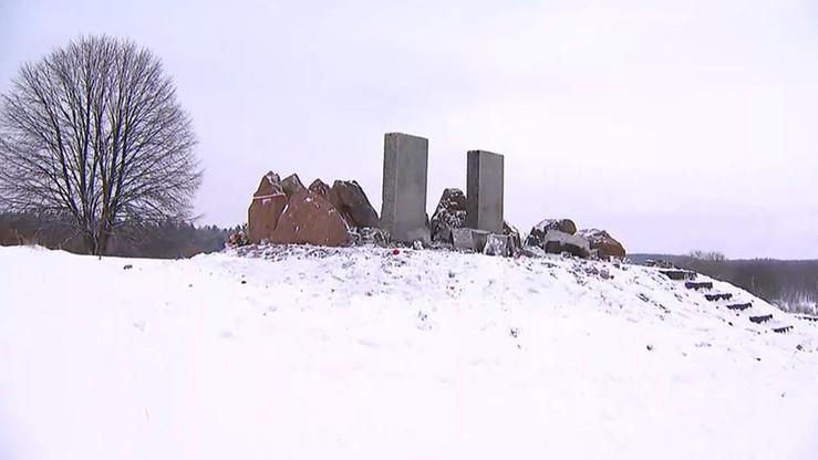 Pomnik Polaków w Hucie Pieniackiej ponownie zniszczony