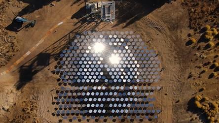 """""""Piec słoneczny"""" Heliogen to prawdziwa ekologiczna rewolucja dla przemysłu"""