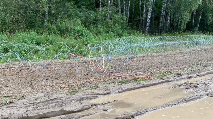 Bartosz Kramek wśród zatrzymanych. Z grupą osób niszczył zasieki na granicy z Białorusią