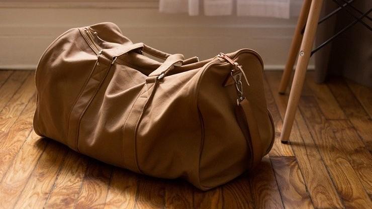 Turysta znalazł torbę z gotówką. Policja szuka właściciela