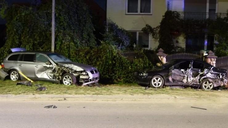Uciekali przed policją i rozbili kilka aut. W bmw jechało dwóch pijanych 14-latków